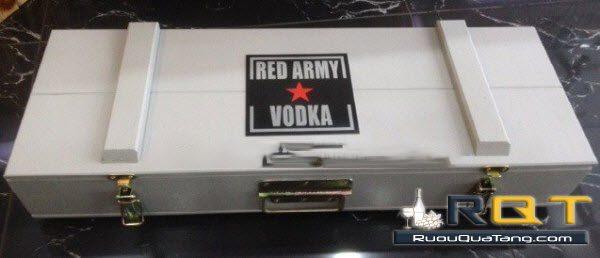 Rượu vodka red army hình súng AK