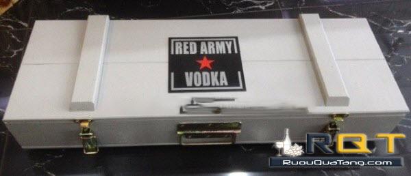 Hộp đựng Rượu vodka red army súng AK